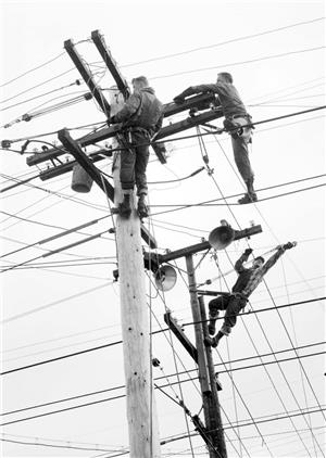 Linemen in the 50s